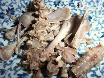 食べた後の残骸…QVCの参鶏湯